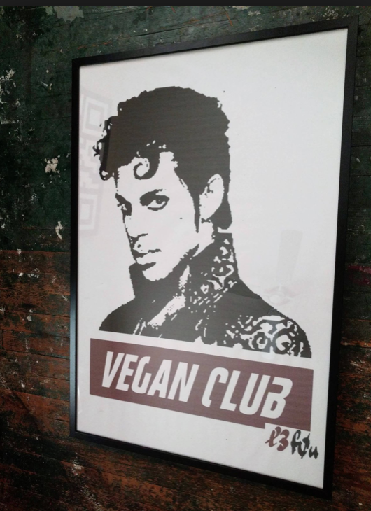 "10 Questions for a Vegan - Constantin Philippou aka ""Le Fou"